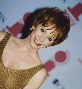 Reba McEntire (Peter Warrack)