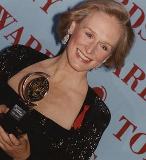 Glenn Close (Peter Warrack)
