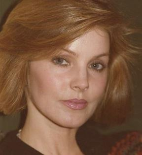 Priscilla Presley (Peter Warrack)