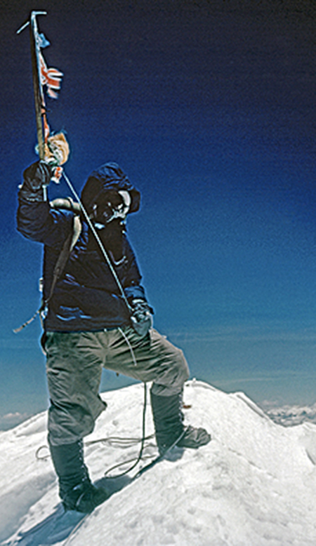 JG Autographs - A currated collection of Sir Edmund Hillary