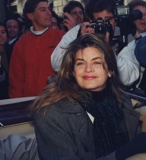 Kirstie Alley (Peter Warrack)