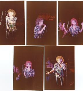 Bette Midler (Peter Warrack)