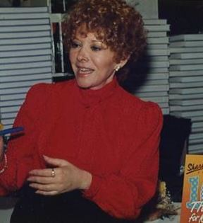 Shari Lewis (Peter Warrack)