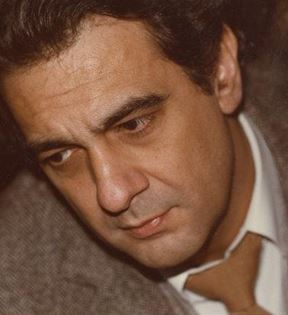 Placido Domingo (Peter Warrack)